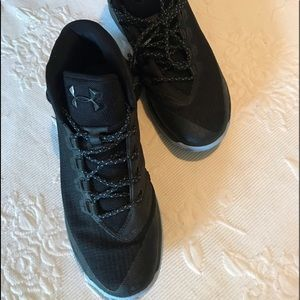 Under Armour size 9